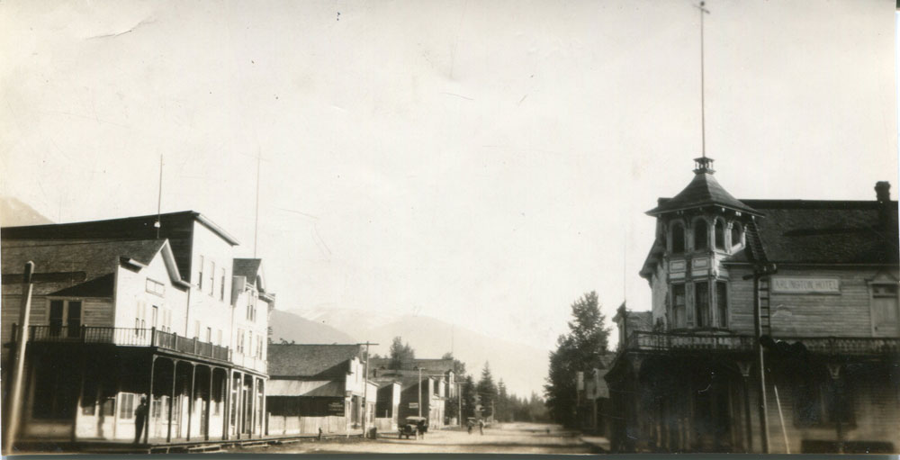 From the wharf looking down Main Street, Arlington Hotel on the right. circa 1925