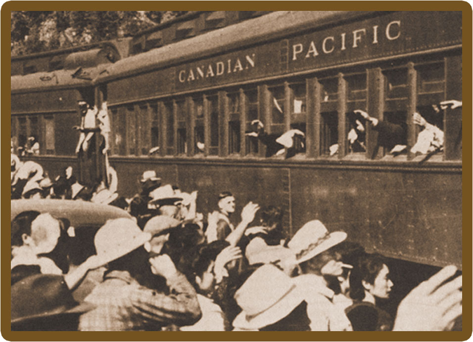 Japanese Canadians arriving Slocan 1942