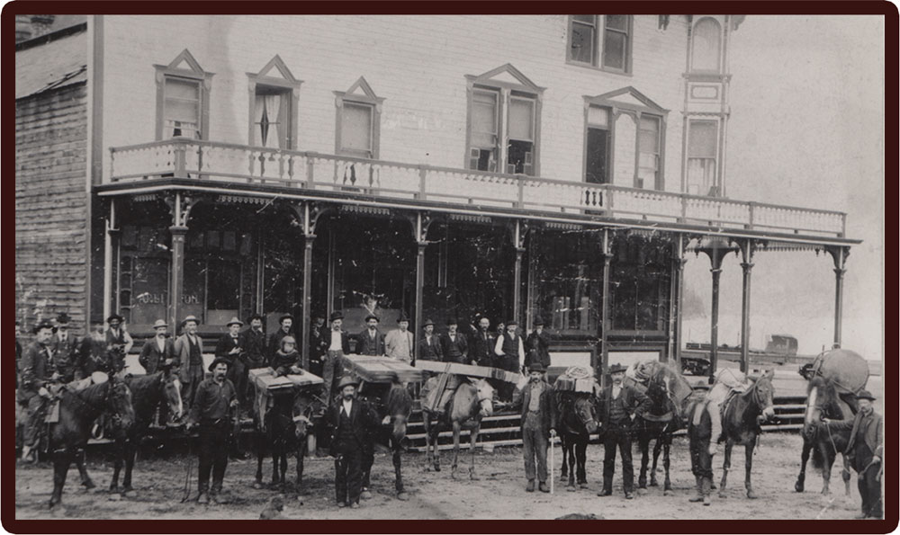 Pack Train in front of the Arlington Hotel, circa 1898