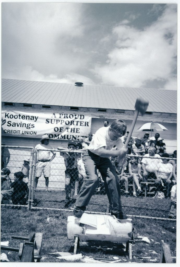 Logging show 1998, Underhand chop, courtesy of the Valley Voice