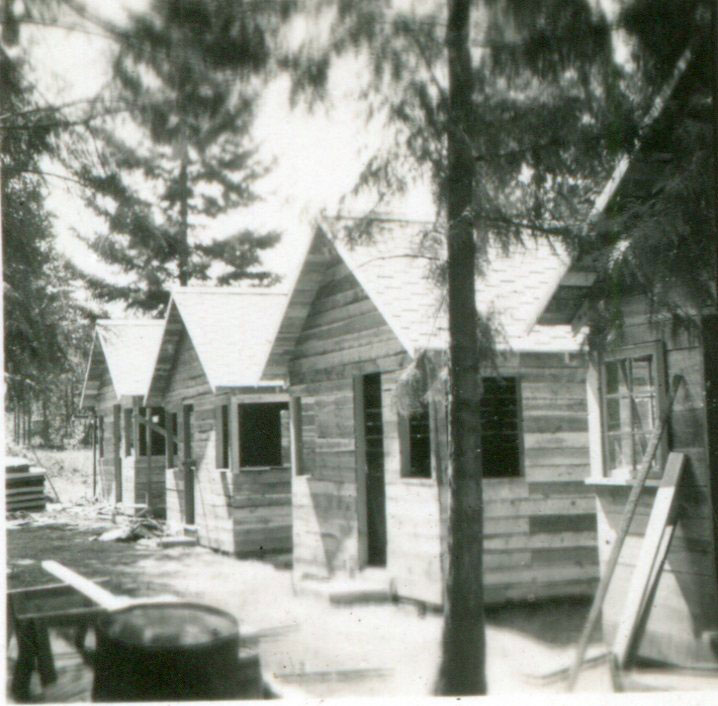 Building Cloughs Cabins, 1946