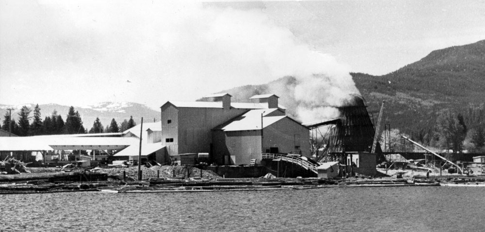 Mill in Slocan, picture courtesy of Touchstones